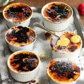 Raspberry Crème Brulee